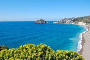 Strand bei Sant Angelo auf Ischia