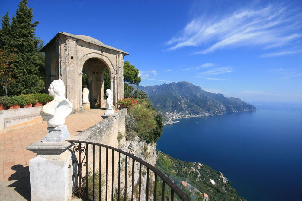 Die Amalfiküste in der italienischen Region Kampanien