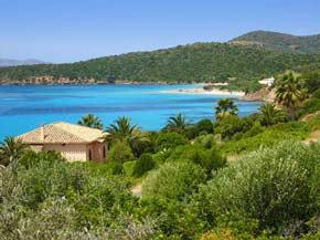 Malerische Bucht auf Sardinien