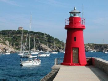 Im Hafen der Insel Giglio