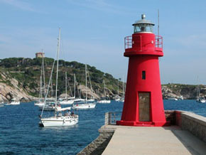 """Im Hafen der """"Isola del Giglio"""""""